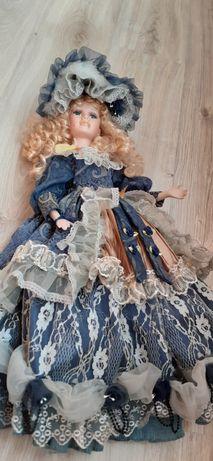 Лялька (фарфор) в гарному стані