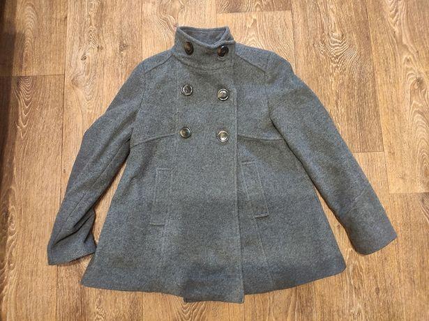 стильное шерстяное серое пальто Zara на девочку