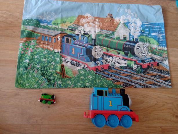 2 lokomotywy Tomek i Przyjaciele i poszewka na poduszkę