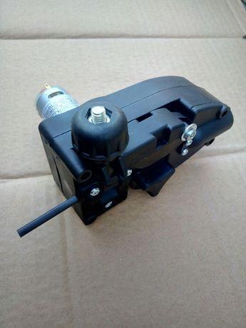 Механизм подачи сварочной проволоки для полуавтомата 12 Вольт Протяжка