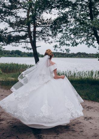 Продаж весільної сукні 7000грн