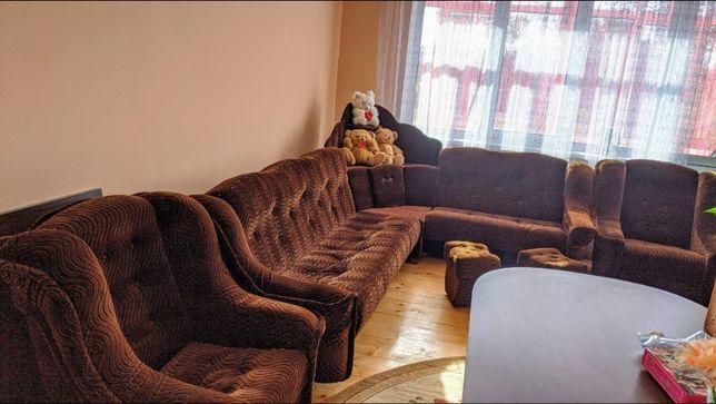 Продам Великий Кутовий Розкладний Диван та 2 Крісла і 2 пуфіка