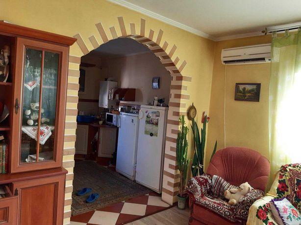 Продам два дома в Черняхов Кагарлык