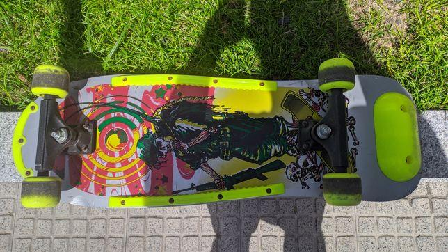 Skate de madeira