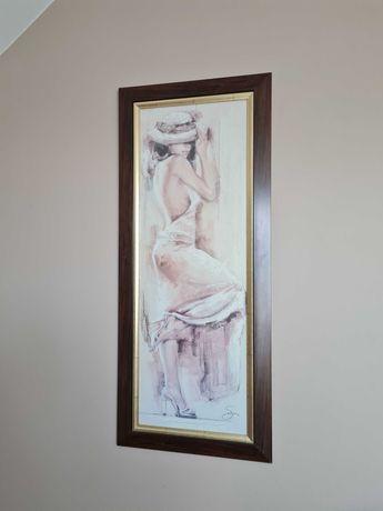 Obraz kobiety w brązowej ramie ze złoceniami wymiary 48 x 113