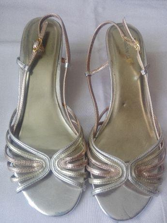 Sandałki MERONA - 39 super