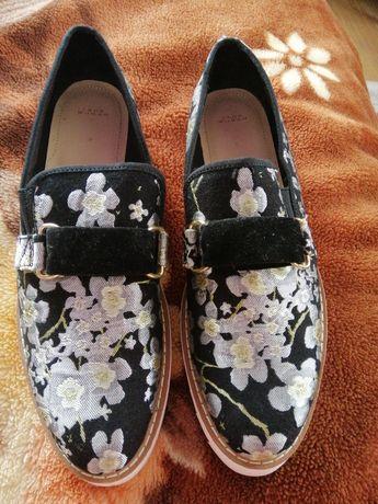 Туфлі - лодочки  ZARA WOMAN