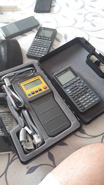 Calculadora científica TI 82, com equipamento de dados CBL