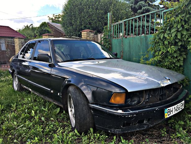 BMW 7 e32 Цена за 2шт!!!