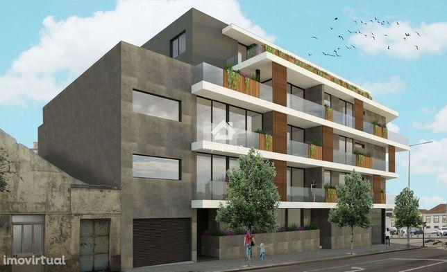 Apartamento T2 com vista Mar e Estacionamento - Espinho, Aveiro