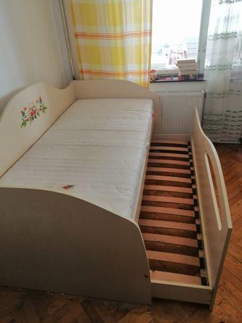 Двоярусне ліжко з матрацом