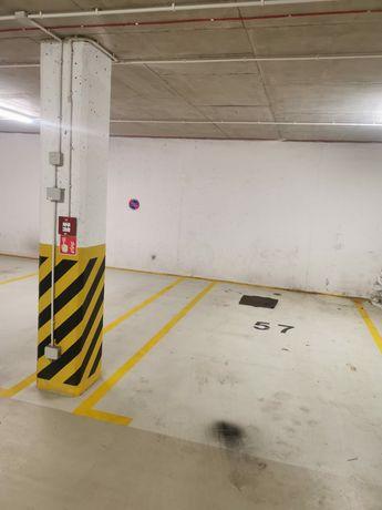 Wynajmę wygodne miejsce postojowe w garażu podziemnym ul Lema Gdańsk
