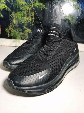 Чорні чоловічі кросовки. Розмір 42