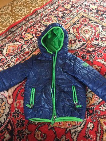 курточка деми 98р