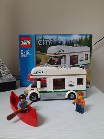 Klocki LEGO CITY wakacyjny kamper