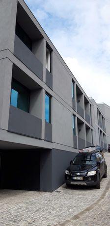 Apartamento T1 NOVO com Garagem no Campo Lindo, Porto