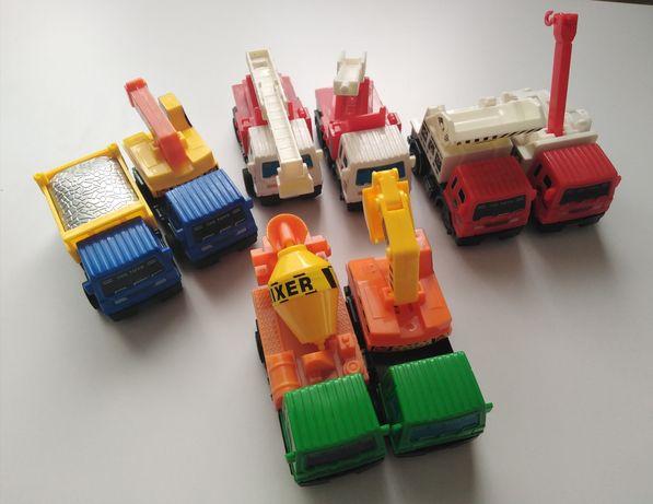 Zestaw 8 aut z napędem na tylne koła