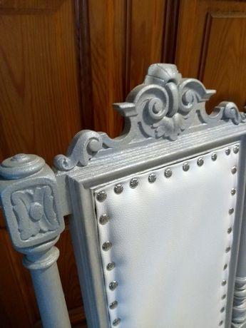 Retro oryginalne krzesło odnowione w stylu Glamour