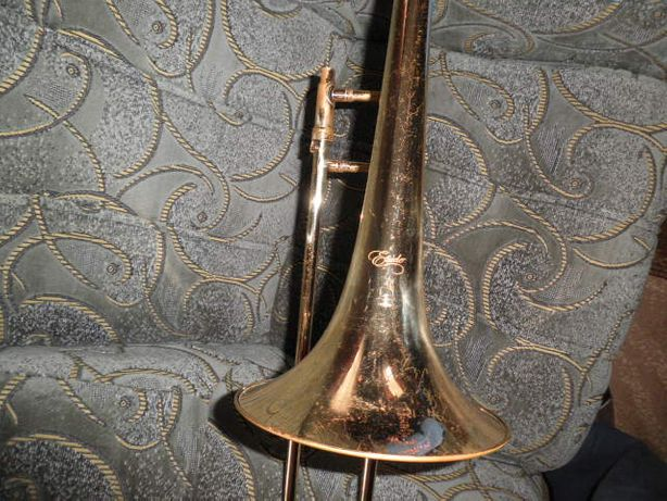 Продам тромбон в хорошем состоянии.