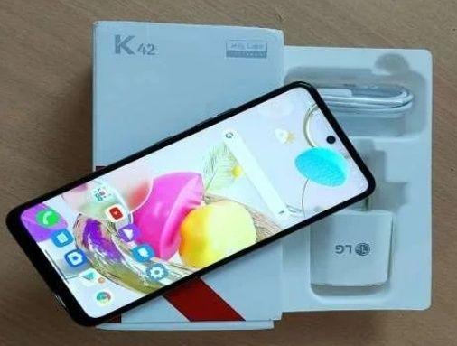 Nowy telefon LG K42
