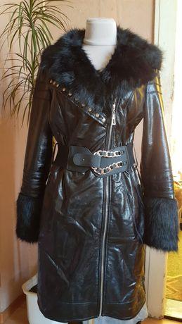 Плащ/пальто/дублёнка/куртка зимняя /новая.