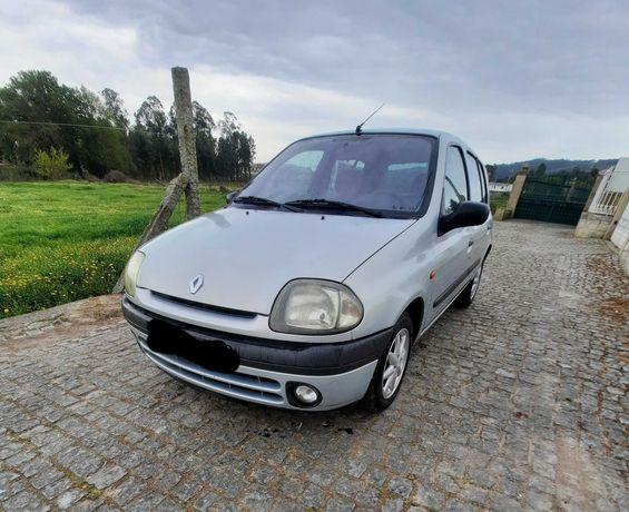 Renault Clio ano 1999