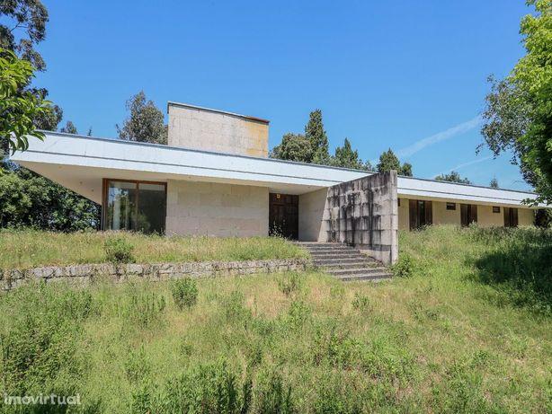 House/Villa/Residential em Aveiro, Águeda REF:495