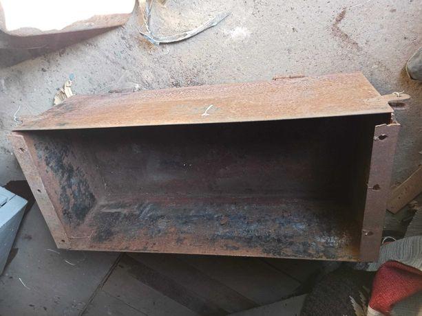 ящик железный 3 мм