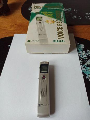 Dyktafon voice rekorder model VR368