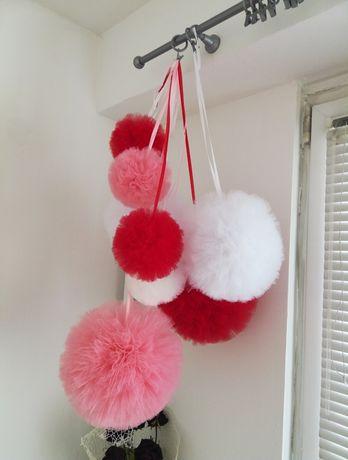 Pompony tiulowe, ozdoby, dekoracje