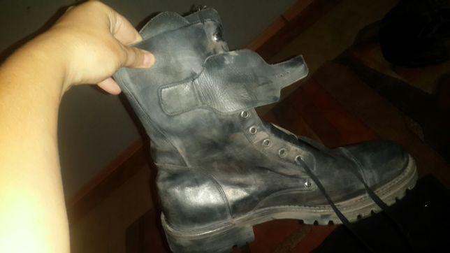 Продаются мужские ботинки для мотоспорта