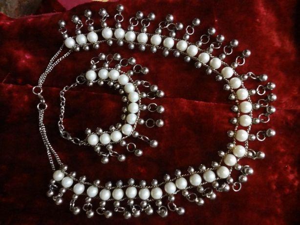 Ожерелье с браслетом . 200 руб .