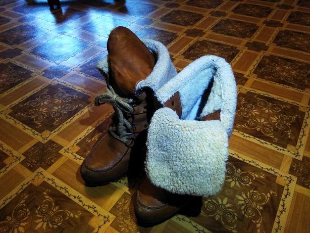 Ботинки зимние кожанные, 39 размер