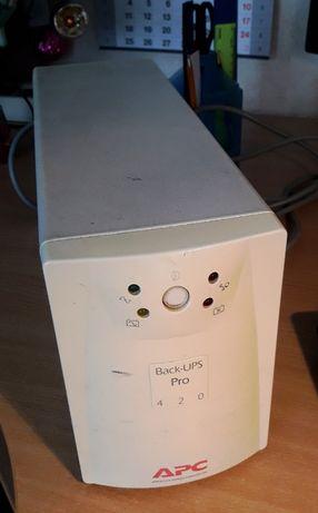 Источник бесперебойного питания APC Back-UPS Pro 420i
