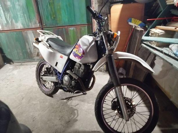 Продам Yamaha TTR 250 Raid