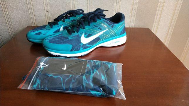 Кроссовки Nike , оригинал, 25 см, 39 размер