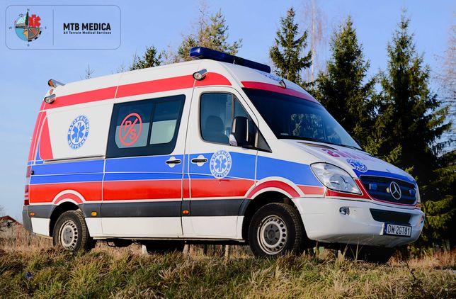 Transport sanitarny krajowy, międzynarodowy - Ambulans, Karetka