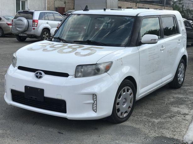 Toyota Scion XB 2013год/005 Белый
