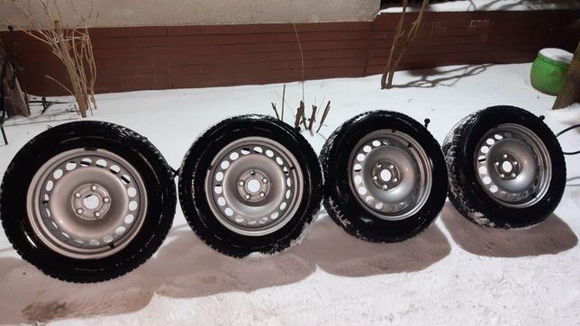 Koła zimowe 16 felgi 5x112 vw seat audi 205/60/16 opony Nokian WR D4