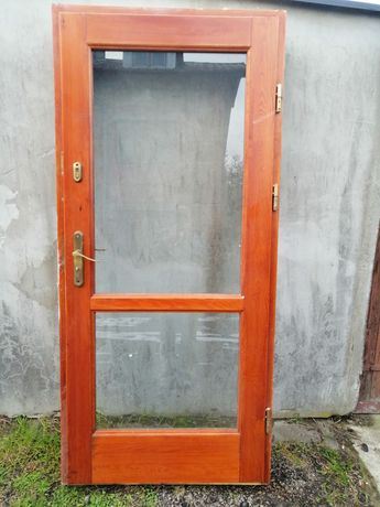 Dzwi drewniane zewnętrzne /wewnętrzne
