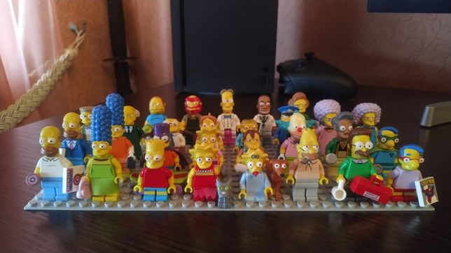 Lego Simpsons минифигурки (1,2 серии)