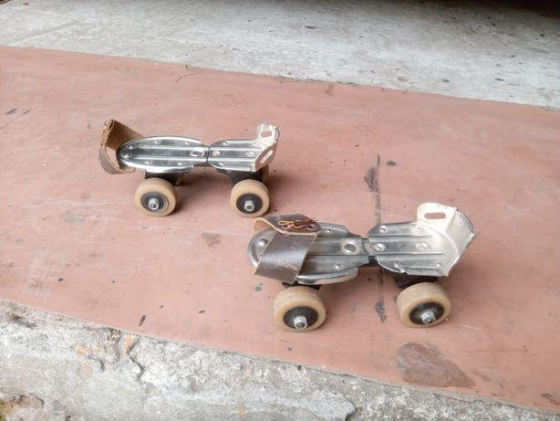 Продам детские роликовые коньки времён СССР в отличном состоянии .
