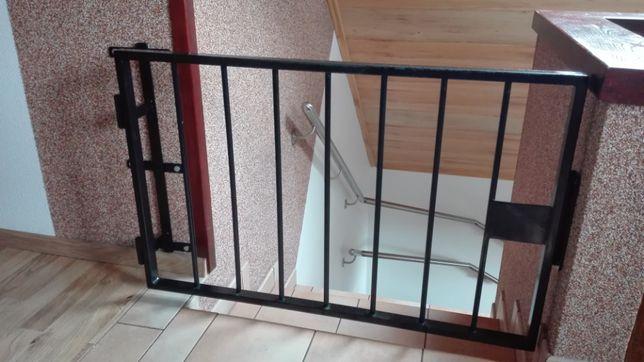 Barierka Bramka ochronna zabezpieczająca schody