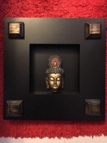 Quadro em madeira com figura de Buda também em madeira