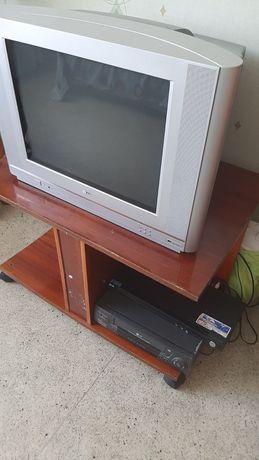 Продам телевізор елджі