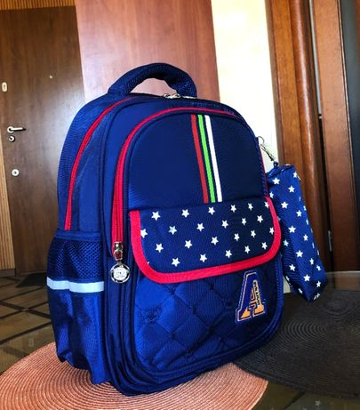 Ортопедический школьный рюкзак с пеналом на мальчика 7-9 лет 1-3 класс