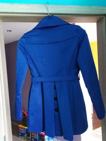 Płaszczyk, sukienki, spódnica, bluzki rozm. M i L