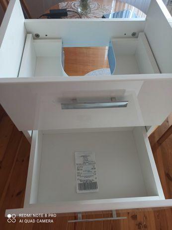 Sprzedam nowa wiszącą podumywalkową szafkę łazienkową.