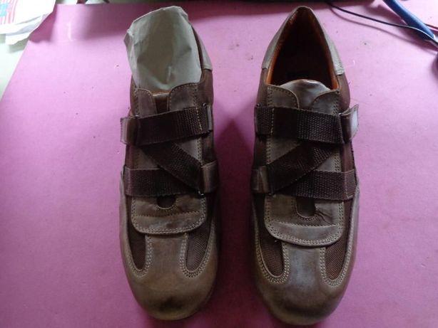 Sapatos tipo tenis de homem novos nº 44