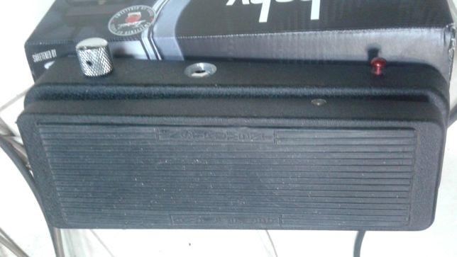Продам квакушку Dunlop Cry Baby 535Q. Отличное состояние.